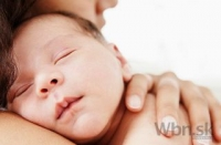 Proteín z materského mlieka má antibiotické účinky